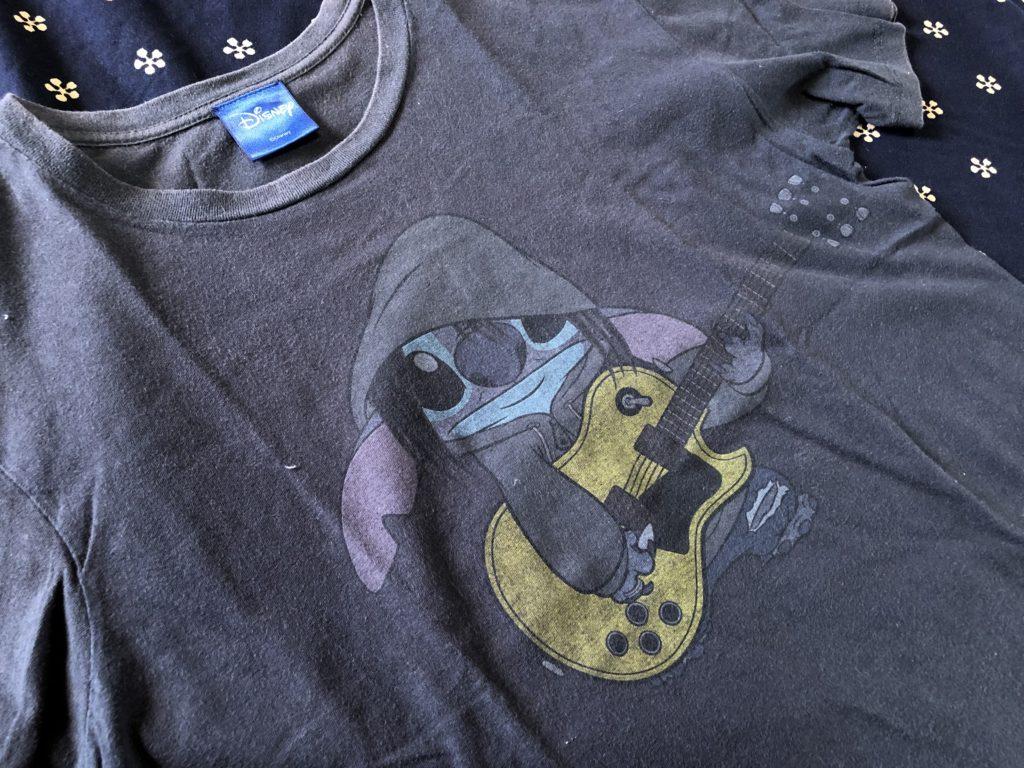 BUMP OF CHICKENのツアーTシャツ。スティッチとのコラボ。
